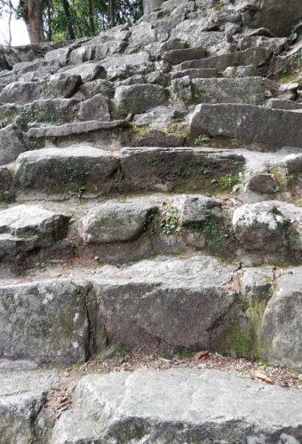 大迫力の石段