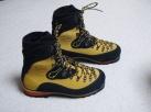 登山靴 ネパールエボGTX